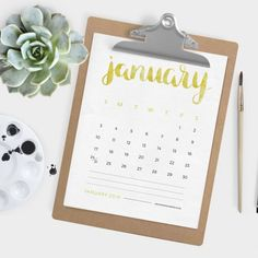 Start off 2016 on the right foot with this free printable 2016 calendar. Includes all 12 months.