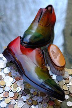 """I would rock em! Patina """"Onirico"""" by Alexander Nurulaeff - Dandy Shoe Care Best Shoes For Men, Men S Shoes, Gentleman Shoes, Modern Gentleman, Men Dress, Dress Shoes, Fashion Shoes, Mens Fashion, Derby"""