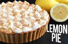 Secretos del merengue. Receta casera de tarta de limón. Postre fácil y rápido.    Ingredientes: + el zumo de 3 limones, + la ralladura de 2 limones, + 200 g de galletas maría, + 125 g de mantequilla, + 400 g de leche condensada, + 2 huevos (yemas y claras por separado), + 200g de azúcar g Empanadas, Sin Gluten, Crepes, Sweet Tooth, Lemon, Baking, Eat, Desserts, Chocolates