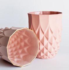 lenneke wispelwey // pineapple gold rim vase