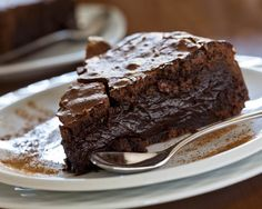 Fireball Cake Recipe: Can you take the heat? Try this easy chocolate cake recipe made with Tabasco and cinnamon! Gooey Chocolate Cake, Pie, Comment Préparer, Desserts, Food, Chocolate Fondant, Berry Sauce, Custard, Recipes