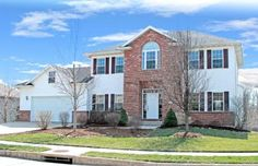 3900 DAYLILY CT, Columbia, MO 65203 | 4BR/2.5BA 2 story with fenced backyard. http://www.houseofbrokers.com/p/53/356545