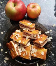 """""""Mindenmentes"""" almás pite, vagy túrós pite (paleo, vegán, tojásmentes, tejmentes, gluténmentes, hozzáadott cukortól mentes, élesztőmentes) – Éhezésmentes karcsúság Szafival Base Foods, Gluten Free Desserts, Naan, Plant Based Recipes, Waffles, Baking, Breakfast, Morning Coffee, Bakken"""