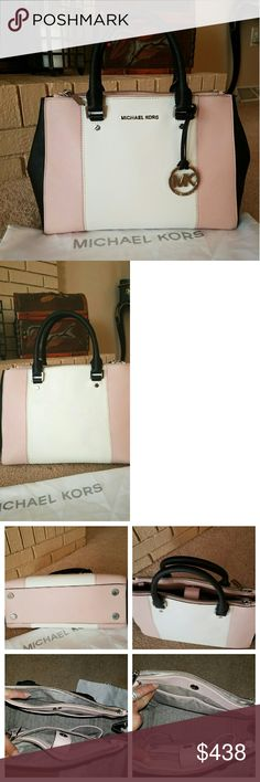 RARE Michael Kors Centerstripe Sutton LET ME MAKE VERY CLEAR--IM N NO HURRY TO SELL!DONT WANT TO,Need to,So.. ** IM 100% FIRM ON THE PRICE** Authentic Limited Edition MK Sutton Centerstripe/Colorblock in Blossom (baby pink),Black & White Made exclusively for Bloomingdale's!only certain stores got a few.will never be made again Size Medium Excellent used condition.9/10Condtn.may need wipe down on exterior  No longstrap dustbag & care card incl. Interior is clean-flash is makin it look dingy…
