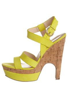 Sandalen met hoge hak - Geel Wedges, Yellow, Shoes, Fashion, Sandals, Moda, Zapatos, Shoes Outlet, Fashion Styles