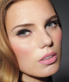 Five-Minute Beauty Tips   Real Simple