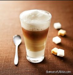 List of Espresso and Coffee Drink Recipes! There's so many and they all sound high quality and delicious! Smoothie, Orange Scones, Pause Café, Iced Latte, Latte Macchiato, Expresso, Leftovers Recipes, Homemade Beauty Products, Chocolate Coffee