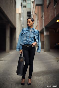 denim-on-denim-outfit-with-structured-bag