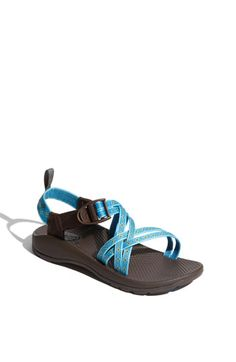 Chacos!.... want these!