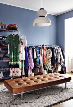 Färgsprakande hemma hos Hanna MW - titta in i stylistens magiska hem Home Interior, Interior Design Kitchen, Room Inspiration, Interior Inspiration, Home Upgrades, Diy Bedroom Decor, Home Decor, Apartment Living, Living Room Designs
