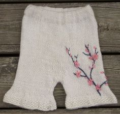 Knit baby pants, I wish I was good enough to do this!