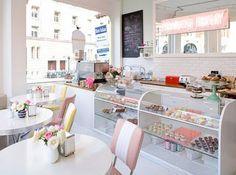 Retro Cake: marzo 2012 Bakery London, Bakery Shops, Bakery Cafe, Bakery Ideas, Bakery Decor, Bakery Display, Cute Bakery, Cupcake Bakery, Cupcake Shops