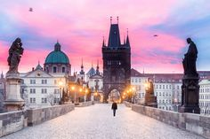 https://flic.kr/p/RnAJNy | Karluv Most in Prague at dawn | Good Evening from Prague! - I woke up at 5:30 am - I walked to Karluv Most - Then I met an impassable wall of russian tripods - So I took my tripod and I fought this army of invaders and broke the wall to have my room to make the shot - I did several shots: bracketting long exposure shots and high ISO short exposure to get the guy walking through and the birds - Then I edited my photo As you can see, this photo is a result of 3h of…