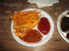 The seasoned fries at Alex's Tavern are awesome! Sprinkled with Cavender's Greek Seasoning and Sonny Salt and a slight infusion of barbecue smoke,  the seasoned fries are the best I've ever had.