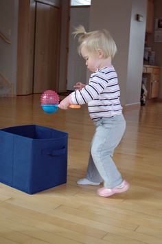 ball walk - easy activity for toddlers to improve balancing objects and coordina. ball walk - easy activity for toddlers to improve balancing objects and coordination Montessori Toddler, Toddler Play, Montessori Activities, Toddler Learning, Infant Activities, Preschool Activities, Therapy Activities, Toddler Gross Motor Activities, Movement Activities