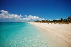 Turks and Caicos Luxury Caribbean Grace Bay Beach, Gods Creation, Turks And Caicos, Small Island, Vacation Packages, Beautiful Beaches, Caribbean, Places To Visit, Ocean