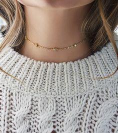Winter looks: Dainty gold choker by Amy O Jewelry