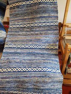 Rag Rugs, Scandinavian Style, Pattern Design, Hand Weaving, Textiles, How To Wear, Loom, Rugs, Hand Knitting