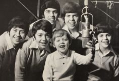 Movin' Along Osmond Brothers Donny Osmond, Marie Osmond, Dylan And Cole, Osmond Family, The Osmonds, Family Boards, Music Charts, Aretha Franklin, Black And White Pictures