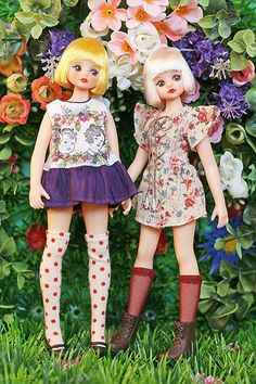 Garden of flowers | Flickr - Photo Sharing! Doran Doran dolls.