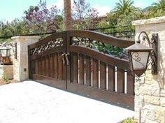 Selection of the best driveway gate ideas and designs available. Metal, wrought iron, wooden driveway gates - designs and layouts. Front Gate Design, Main Gate Design, House Gate Design, Fence Design, Landscaping Design, Garden Design, Wooden Gate Designs, Wooden Gates, Wooden Driveway Gates