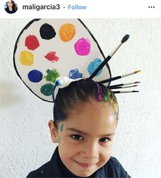 29 Cute Ideas For Kids' Crazy Hair Day at School Not that it's a contest, but these parents are definitely winning. Check out this gallery of cute hair ideas for kids' Crazy Hair Day at school, then watch the video demo on how to create soda bottle hair! Crazy Hat Day, Crazy Hats, Crazy Hair For Kids, Crazy Hair Day At School, Crazy Hair Day Girls, Wacky Hair Days, My Little Pony Costume, Ariel Hair, Surfer Hair