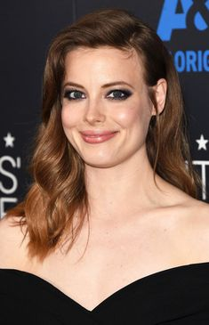 Gillian Jacobs Long Wavy Cut - Gillian Jacobs wore a lovely wavy hairstyle to the Critics' Choice Television Awards.