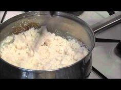 How to make putu pap/krummelpap - Tascha Van Zyl - African Food Braai Recipes, Slow Cooker Recipes, Cooking Recipes, South African Braai, South African Recipes, Ethnic Recipes, Tagine Recipes, Camping Meals