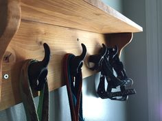 A fun custom project that is perfect for hanging leashes, collars, etc. As well as shelf space for treats, poop bags, etc. An easy day project. Long Walls, Bamboo Plants, Easy Day, Pocket Hole, Wood Glue, Dog Leash, Shoe Rack, Collars, Shelf