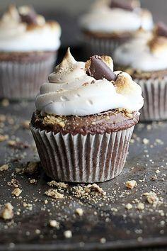 Deluxe S'mores Cupcakes Recipe. DELICIOUS!!