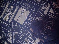 Golden Thread Tarot Deck, A Modern Minimal Gold Foil Tarot Card Set Showing Random Front Images