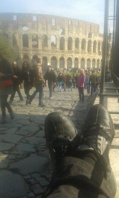 Zdraví vás chachar, který se tou dobou nacházel v Římě v těsné blízkosti kolosea... http://nohynacestach.cz/rim-koloseum/