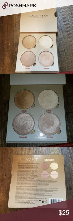 Anastasia Sun Dipped Glow Kit Very gently used ABH sundipped glow kit, wonderful quality, colors are just a bit too dark for my skin.  No trades, offers encouraged. Anastasia Beverly Hills Makeup Luminizer
