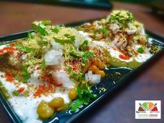 Kachori chaat Made from moong dal stuffed kachories Taste- spicy 😋😋😋 Chaat, Chutney, Spicy, Snacks, Chicken, Recipes, Food, Appetizers, Eten