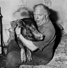 brian with pet pig | 1998 | foto: roger ballen
