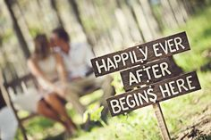 Photography: Simply Photography - www.simplyphotography.com.au  LOVE this idea of a sign at the site of proposal!!!! <3