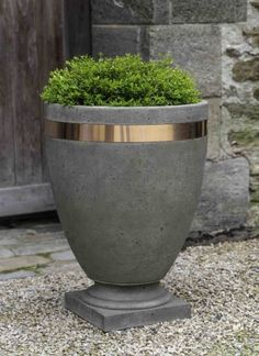 43 Astonishing Diy Tall Pots Planters Ideas For Modern Garden - With the inability to plant directly into the earth, planters and pots offer an alternative growing medium. In cases such as an upstairs patio or a sm. Tall Planters, Concrete Planters, Garden Planters, Planter Pots, Hanging Plants, Indoor Plants, Cement Flower Pots, Concrete Crafts, Garden Deco