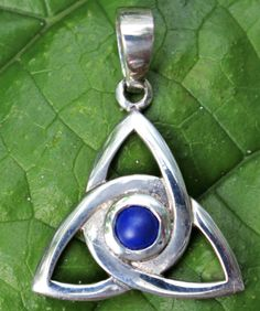 Sterling Silver Triquerta Pendant with a 5mm round Lapis Celtic Design