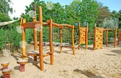 Gumkáč Grafi Garden Bridge, Pergola, Outdoor Structures, Play Sets, Tree Houses, Children, Climbing Wall, Kids, Outdoor Pergola