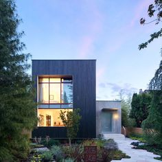 Rough House - by Measured Architecture -