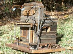 21 Cute Bird Houses Handmade From Wood - Birdhouses - Vogelhaus Wooden Bird Houses, Decorative Bird Houses, Bird Houses Diy, Bird House Plans, Bird House Kits, Homemade Bird Houses, Birdhouse Designs, Birdhouse Ideas, Into The Woods