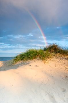Sand dunes and rainbow on the Suffolk coast. Love Rainbow, Over The Rainbow, Suffolk Coast, Suffolk England, Foto Top, Am Meer, Beautiful Beaches, Beautiful Landscapes, Wonders Of The World