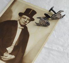 Demon cufflinks in blackened silver by Annika Burman #jewellery #jewelry #silver #cufflinks #shirt #dandy #classic #vintage #style #sepia
