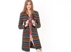 Denne heklede jakken kan du bruke året rundt. Mønsteret er enkelt og resultatet blir kjempeflott!