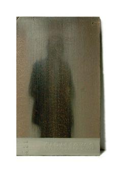 Irene Grau, La sombra última, Antepasado no identificado. Hombre con traje y puro