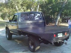 Homemade Flatbed Truck Ideas And For You Ford Pickup Trucks, 4x4 Trucks, Cool Trucks, Chevy Trucks, Fire Trucks, Lifted Trucks, Pickup Flatbeds, Ford 4x4, Toyota Trucks