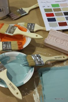 Annie Sloan Creator of Chalk Paint decorative paint Annie showed me many things~and it was a revelation. Here are my Chalk P...