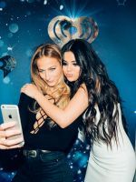 18 Things I Learned Backstage At Jingle Ball #refinery29  http://www.refinery29.com/2015/12/99414/jingle-ball-nyc-2015