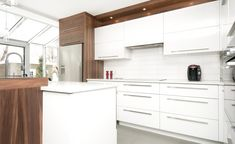 Results of research d& kitchen white wood Walnut Kitchen, White Kitchen Cabinets, New Kitchen, Kitchen Decor, Kitchen White, Cabin Kitchens, Kitchen Remodel, Kitchen Design, Sweet Home