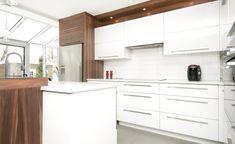 Cuisine contemporaine Pure   Armoires Novaro cuisines et salles de bain